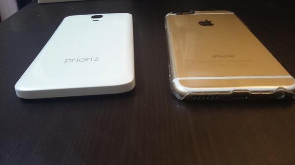 iPhoneとfreetel横