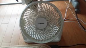サーキュレーターで洗濯の乾きを早くする!扇風機代わりにも使用!